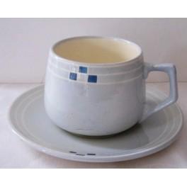 Šálek na čaj s podšálkem