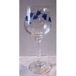 Číška na bílé víno zdobená