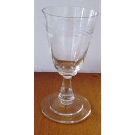 Číše na bílé víno broušená